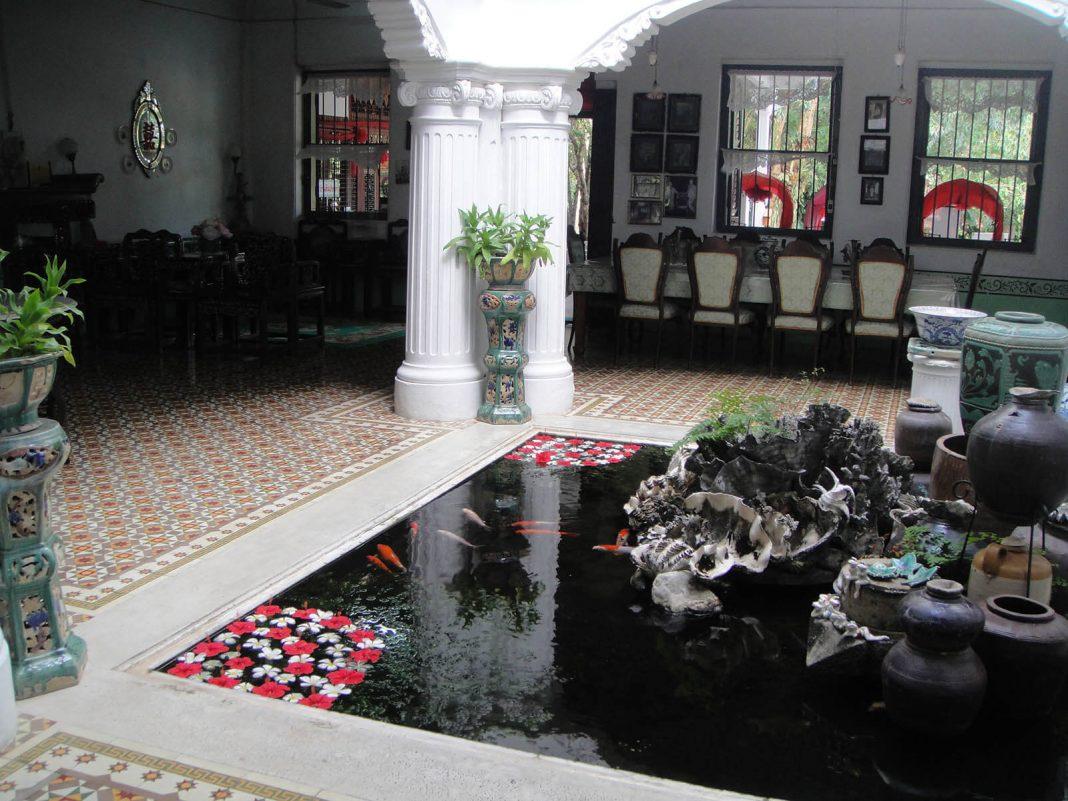 Mẫu hồ cá Koi hiện đại trong nhà 8